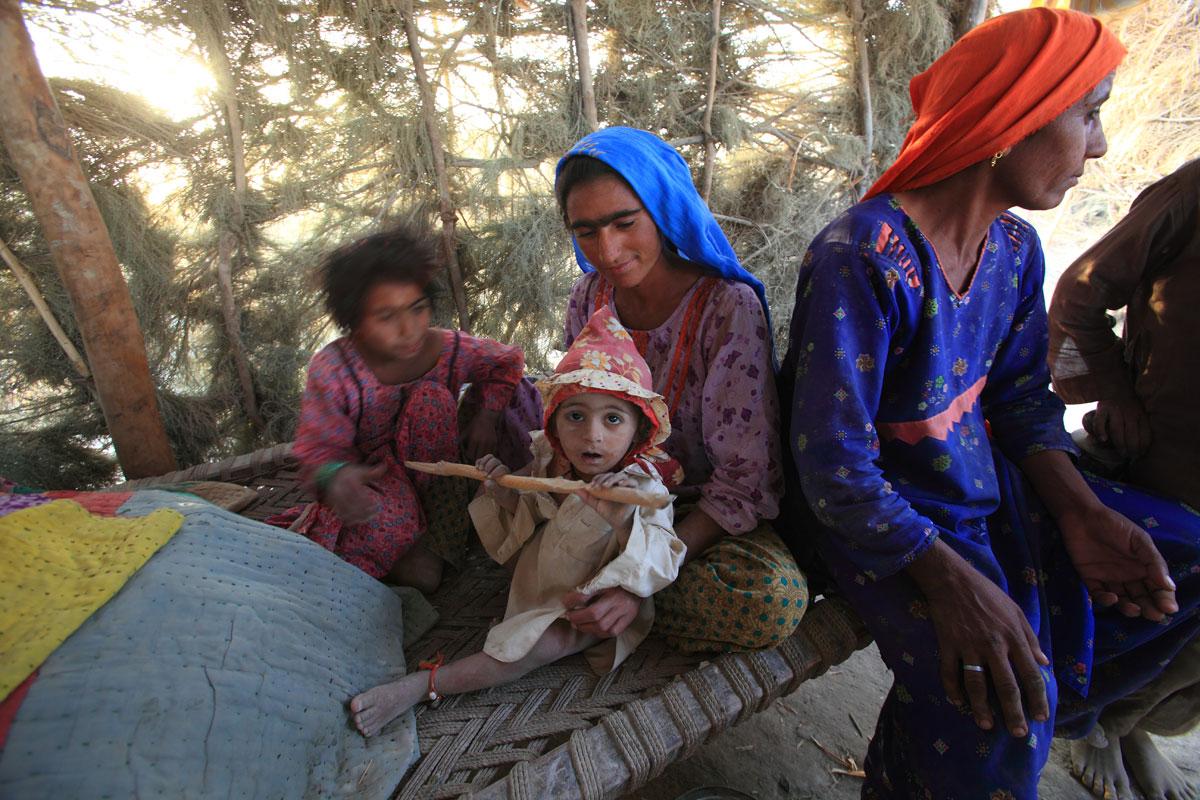 People of sindh pakistan november 2010 giovanni porzio reporter